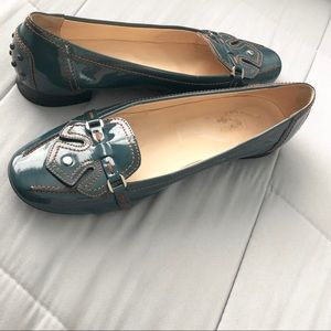 Tod's patent leather loafers/ballerina flats